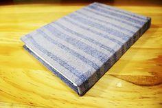 Libreta forma francesa. Pastas de madera forradas con textil tejido en telar de madera. #Oaxaca #TierraDeLuz