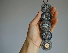 Declaración collar ø ø tribales bordados geométricos de mano