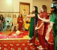 Zeenat Wedding Hall, Lahore. (www.paktive.com/Zeenat-Wedding-Hall_1290WC13.html)