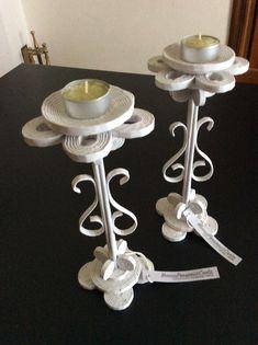 Candelieri realizzati con cannucce di carta