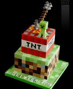 Minecraft Torte, Minecraft Birthday Cake, Minecraft Cake Creeper, Mindcraft Cakes, Mindcraft Party, 8th Birthday Cake, Boy Birthday, Pastel Minecraft, Gateau Harry Potter