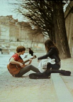 This is my favorite thing in the world :) Playing guitar out on the street with someone dear to me <3
