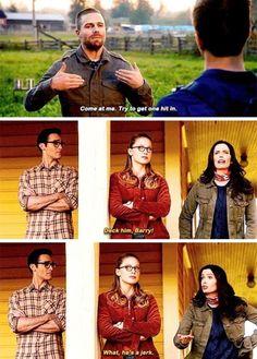 Superhero Shows, Superhero Memes, The Cw Shows, Dc Tv Shows, Supergirl Tv, Supergirl And Flash, Team Arrow, Arrow Tv, Supergirl Crossover