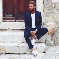 Sieh dir dieses Instagram-Foto von @fashionboxx_net an • Gefällt 783 Mal