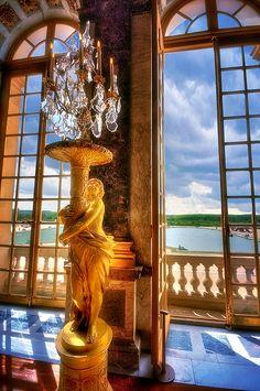 Cupid's Golden Light, Versailles