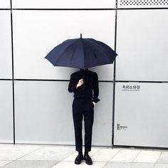 @toingry plain umbrella always.