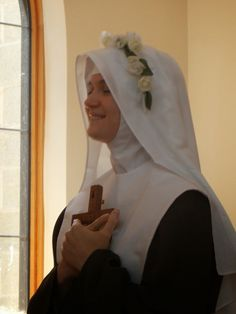 Investiture of Sr.Miriam Rose of the Holy Face. Poor Clare Colettines, Bethlehem Monastery The Poor Clares of Barhamsville, VA, US.