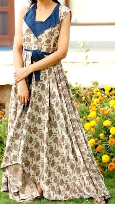 Cottom kurti with western cut and silhouettes. Indian Attire, Indian Outfits, Casual Dresses, Fashion Dresses, Dresses For Work, Kurta Designs, Blouse Designs, Kalamkari Dresses, Frocks And Gowns