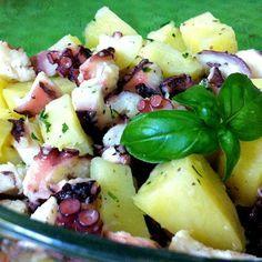 Come preparare Insalata polpo e patate col Bimby della Vorwerk, impara a preparare deliziosi piatti con le nostre ricette bimby