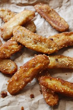 thai banana fritter recipe - I made these last night with the burro bananas that WF is carrying lately.  Brilliant, easy and DELICIOUS