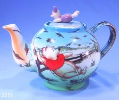 Cardew Winnie The Pooh Novelty China Teapot: Collectable-China: Collectable China Winne The Pooh, Winnie The Pooh Friends, Cute Teapot, Teapots And Cups, Teacups, China Teapot, Disney Mugs, My Cup Of Tea, Chocolate Pots