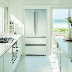 Freestanding refrige