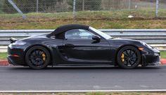 Модель Porsche 718 Boxster Spyder дебютирует в ближайшие месяцы