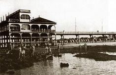 Photos anciennes de la plage et du casino.