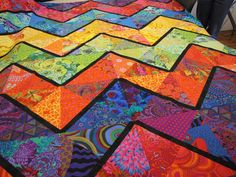 Canton Village Quilt Works: Sewing on Wednesday=kaffe fabrics Quilting Projects, Quilting Designs, Sewing Projects, Quilting Ideas, Quilting Board, Quilt Design, 3d Quilts, Scrappy Quilts, Mini Quilts