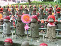 Small Jizo statues representing children who have died