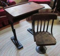 """Antique wood & iron student desk w/ authentic inkwell and separate swivel chair by American Seating Co. 13""""Wx11""""Dx21""""H"""