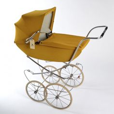 Canary Silver Cross Carriage (from Little Vintage).