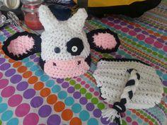 Newborn cow photoprop set
