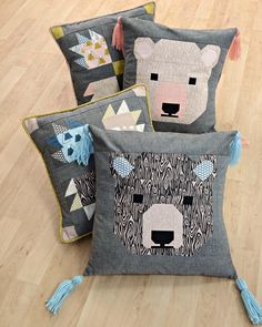 Need something for the little cubs on your list? Our Bjorn Bear fabrics make for cute, woodland pillows! The Try the Bear Paw block tutorial from Wendy's Quilts and more, and the Cute Bjorn Bear pattern is available in our shop from Elizabeth Hartman! Quilt Block Patterns, Pattern Blocks, Quilt Blocks, Elizabeth Hartman Quilts, Midnight Quilt Show, Bear Paw Quilt, Grey Quilt, Animal Quilts, Bear Paws