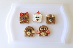 5 Fun Toastimals {made with bananas, berries, bread, and spread} by mamapapabubba #Kids #Toast_Animals