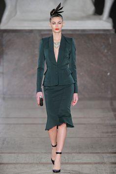Zac Posen Fall 2012 Ready-to-Wear Fashion Show - Emilia Nawarecka