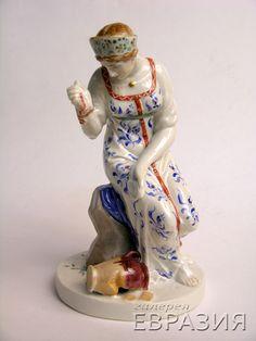 Скульптура. Девушка с разбитым кувшином / Советское искусство / Советский фарфор / Галерея Евразия