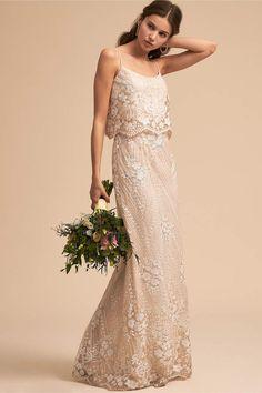 Beautiful Arden Dress wedding dress for simple and romantic bride. Only $250 #weddingdress #romantic #inexpensive #afflik