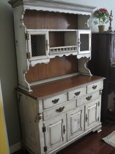 hutch leave the back natural and yoy can change it  with solid color back or print c.w
