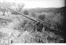 This is the German 17 cm Kanone 18 long range artillery and howitzer. Probably the finest long range artillery piece of the war, it could hurl a 500 pound projectile 10 miles. Over a 1000 were made in this and the howitzer configuration. The drawback was that it was slow to bring into action, expensive to make and the ammunition was sometimes difficult to get.