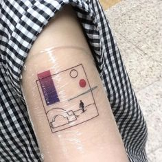 Minimalist tattoo designs are excellent in your first tattoo. Easy and low-key, you gained't have to fret about dedication or remorse with these stunning tattoo designs. Get a minimalist tattoo w Mini Tattoos, Body Art Tattoos, Small Tattoos, Sleeve Tattoos, Cool Tattoos, Modern Tattoos, Sexy Tattoos, Tatoos, Temporary Tattoos
