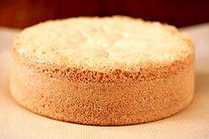 Sponge cake is one of the most basic cake recipes, especially in French pastry… Sponge Cake Recipe From Scratch, Sponge Cake Recipes, Food Cakes, Cupcake Cakes, Cupcakes, Bahamian Food, Baking Recipes, Dessert Recipes, Basic Cake