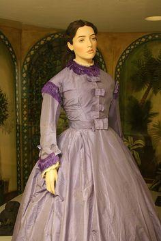 31-10-11  purple taffeta day dress, 1850s