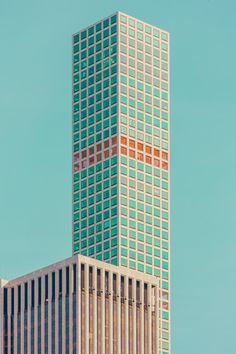 As part of his latest series 'Chroma II', Ben Thomas has captured amazing shots of a deconstructed and colorful New York City. Ben Thomas…