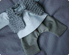chunky knit baby vest...