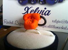 Bague vintage téléphone orange : Bague par xelyia