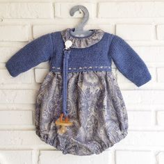 """""""Would like to create something like this in a larger size for Emmy"""", """"Pacifier and clip! Little Girl Dresses, Girls Dresses, Tricot Baby, Baby Hats Knitting, Princess Outfits, Cute Summer Dresses, Baby Kind, Classic Outfits, Baby Sweaters"""