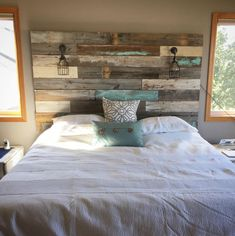 Farmhouse Rustic chippy paint cottage whitewashed grey blue headboard bed distressed wood king queen full twin lights - Home decor - Reclaimed Wood Headboard, Diy Rustic Headboard, Wood Pallet Headboards, Reclaimed Wood Bedroom Furniture, Distressed Headboard, Rustic Bedding, Cabin Furniture, Western Furniture, Wood Beds