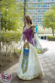Zelda Twilight Princess.Cosplayer: Aurora Francesca Dani (Italy). Events:  Anime Matsuri (Houston, US) 2010.