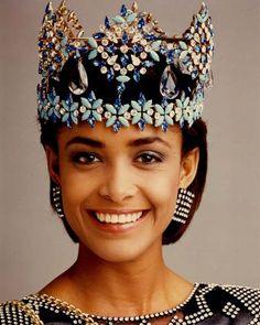 Miss World 1986 - Giselle Laronde - TRINIDAD & TOBAGO 13th November 1986 Royal Albert Hall, London, UK Miss World 1986 - Giselle Jeanne-Marie Laronde