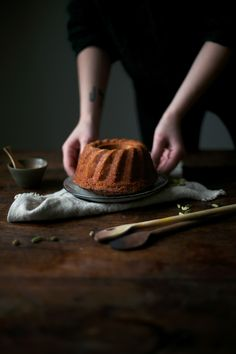 gluten-free apple bundt cake with cardamom, cinnamon & ginger
