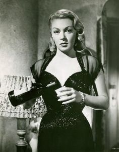 Lana Turner in The Bad and the Beautiful (1952)