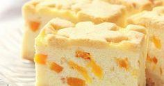 Brzoskwiniowiec z kaszą manną to ciasto, które zaintrygowało mnie już dosyć dawno temu. Takiego zestawienia składników nigdy wcześnie... Tiramisu, Cheesecake, Baking, Food, Cheesecakes, Bakken, Essen, Meals, Tiramisu Cake
