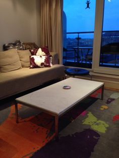 Poul Kjaerholm stol and table