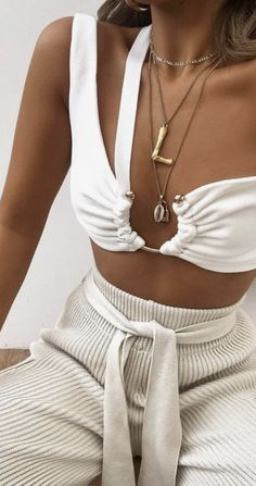 Pool party outfits - best pool party outfits for miami summer 2019 how to dress up a bikini for the bar for women best bikini outfit ideas summer comfortable rib pants outfit cute but comfortable outfits fitness Pool Party Outfits, Summer Outfits, Cute Outfits, Miami Outfits, Dress Summer, Cocktail Party Outfit, Bikini Outfits, Ootd, Looks Style