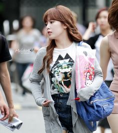 T-ara Soyeon En Route to KBS Open Concert - Minus