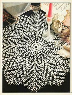 """Foto del álbum """"magic of knitting en - Crochet Doilies, Coasters & Table Runners - Art Au Crochet, Mandala Au Crochet, Beau Crochet, Free Crochet Doily Patterns, Crochet Doily Diagram, Crochet Motifs, Thread Crochet, Hand Crochet, Crochet Stitches"""
