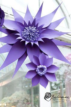 Custom color large paper flower group