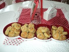 Cuketové pagáče bez kysnutia (fotorecept) - Recept Ale, Biscuits, Cereal, Muffin, Cookies, Breakfast, Basket, Crack Crackers, Crack Crackers