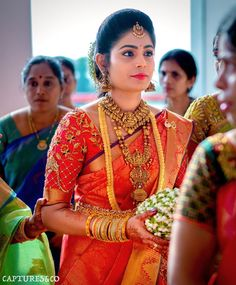 Blouse designs for bride Blouse Designs Bridal Bridal Sarees South Indian, South Indian Bridal Jewellery, Indian Bridal Fashion, Indian Jewelry, South Indian Wedding Hairstyles, Bridal Hairstyle Indian Wedding, Indian Wedding Outfits, Bridal Looks, Bridal Style